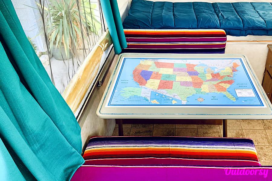 interior 2006 Fleetwood Sun Valley Pop-Up Austin, TX