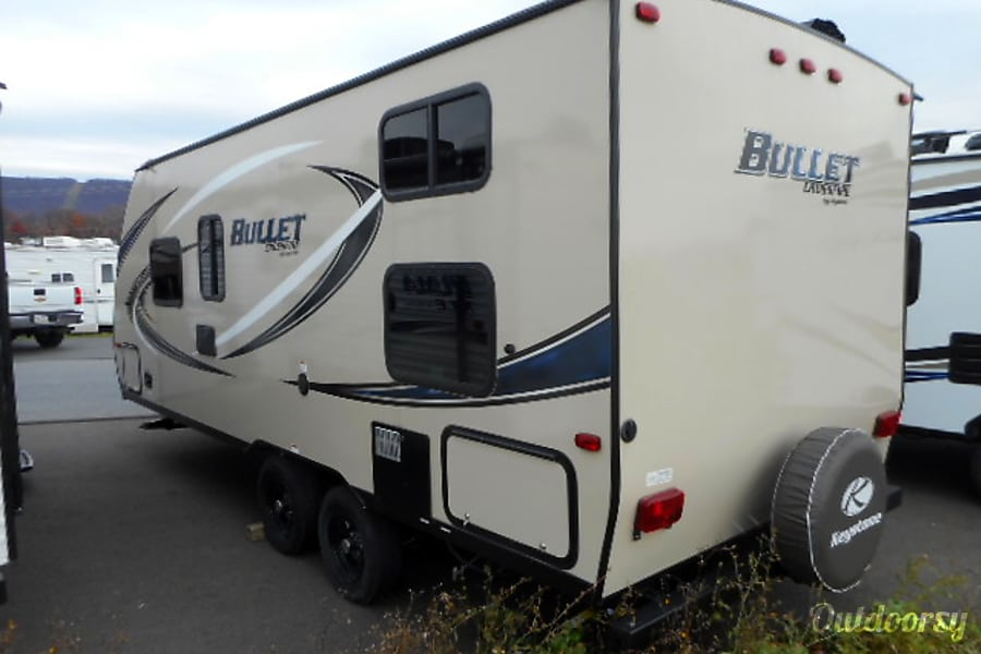 exterior 2018 Keystone Bullet Crossfire 2070 Bunk House Delivery Available!!! East Stroudsburg, PA