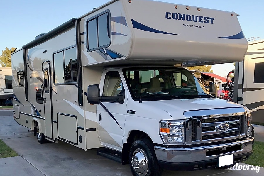 exterior 2019 Gulf Stream Conquest 30ft. - delivered free to any place in the Las Vegas Valley! Las Vegas, NV