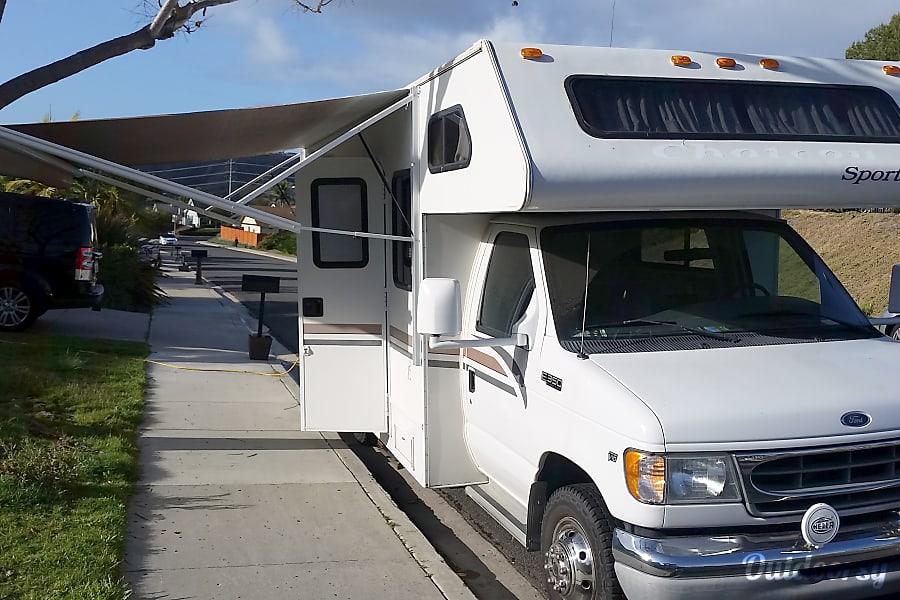 2003 Thor Motor Coach Chateau CARLSBAD, CA