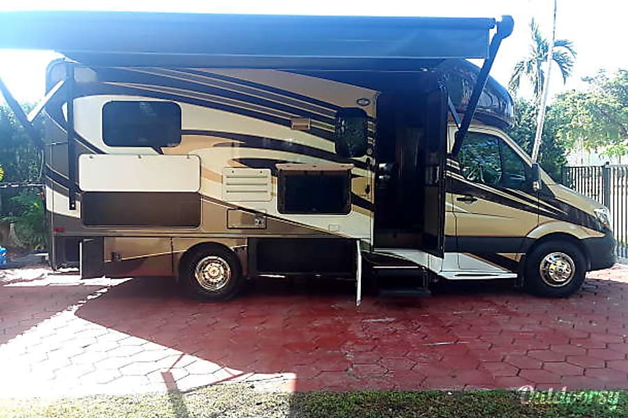 2016 Thor Motor Coach Thor Citation Miami, FL