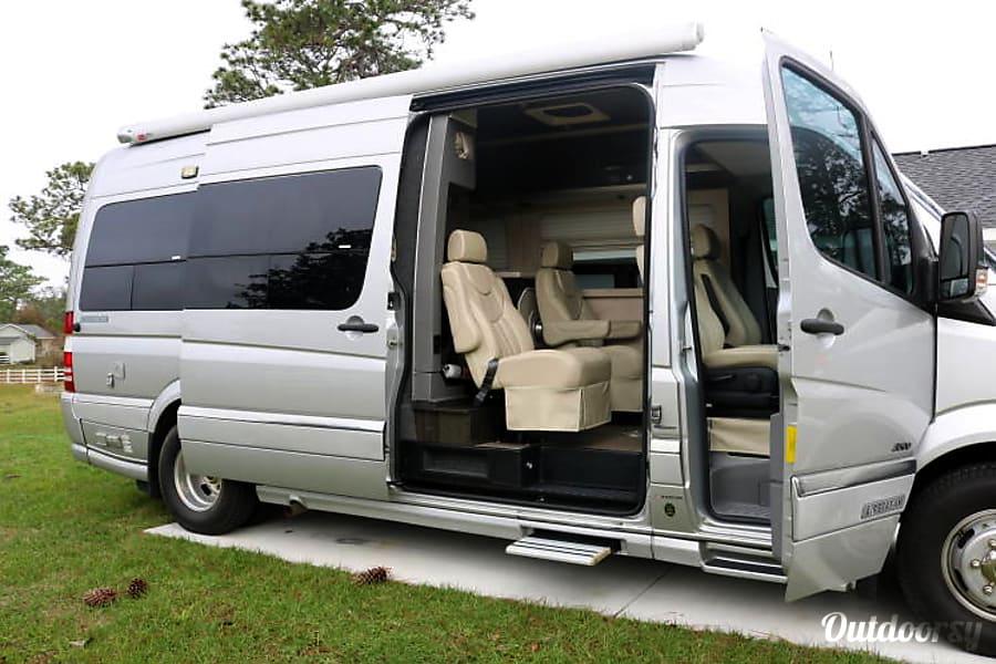 exterior 2011 Airstream Interstate Summerfield, FL