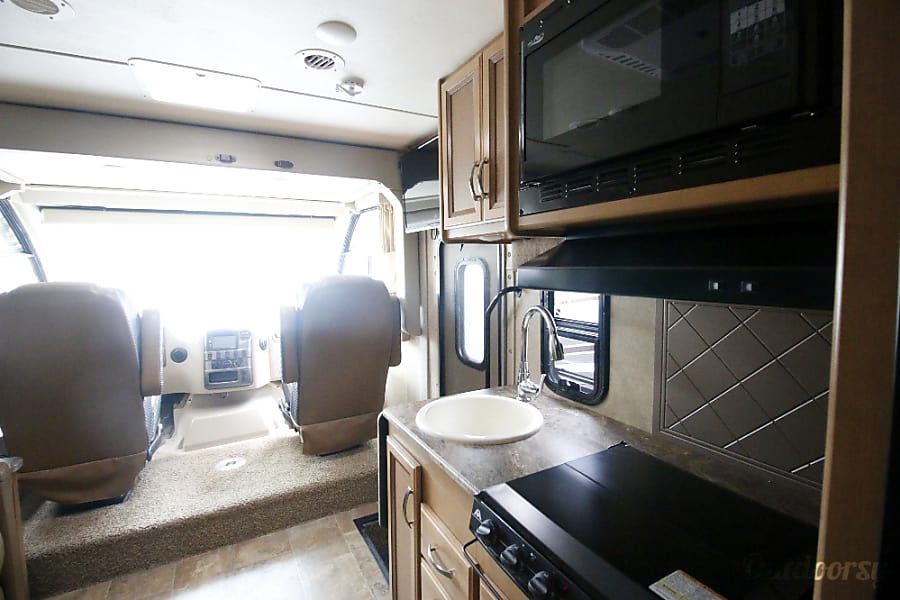 2015 Thor Motor Coach Axis Palos Hills, IL