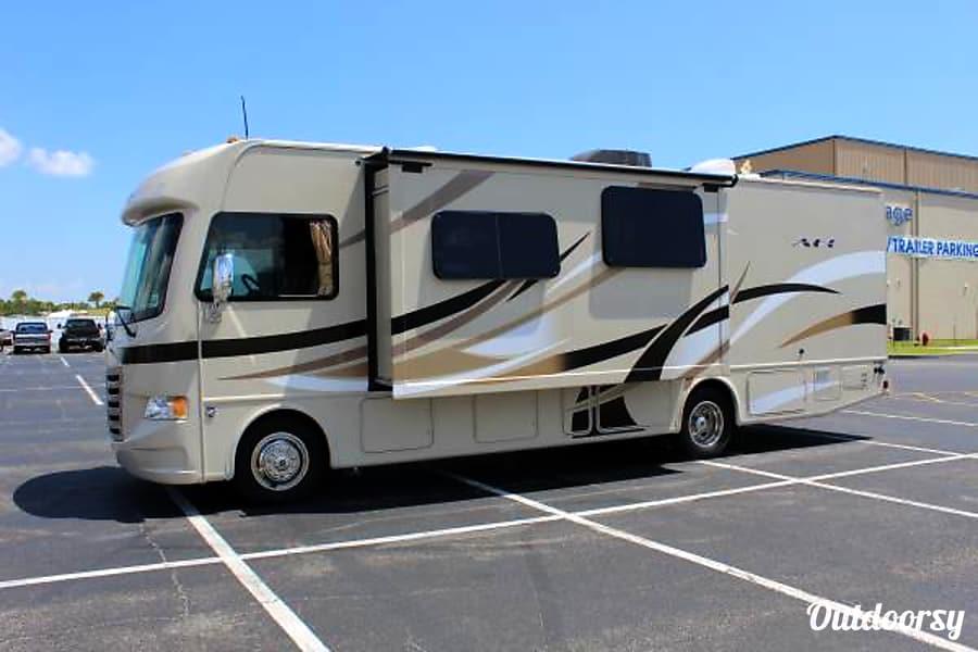 2015 Thor Motor Coach A.C.E Longwood, FL