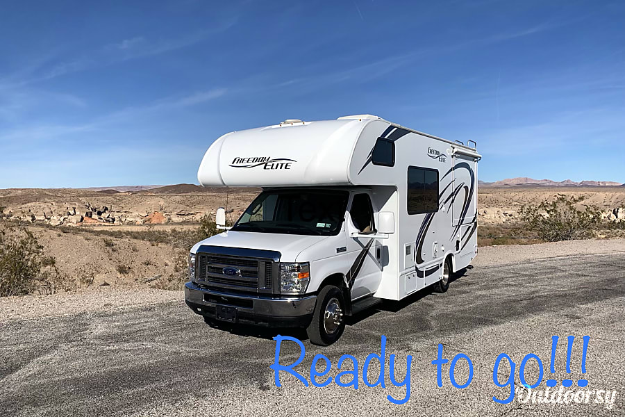 exterior 2018 Thor Motor Coach Freedom Elite Las Vegas, NV