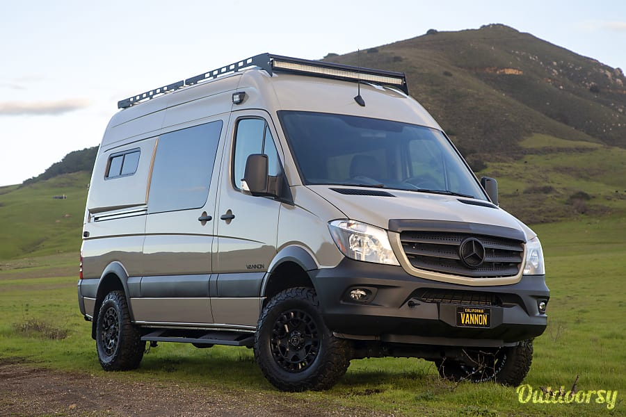 Stoney - Mercedes-Benz 4x4 Sprinter Encinitas, CA