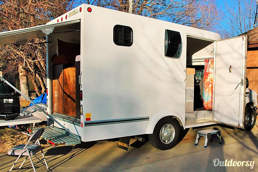 Solar BoxVan  - Glamping off the grid Denver, CO