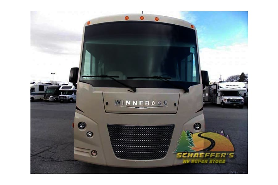 RV 25: 2019 Winnebago Vista 31E Herndon, VA