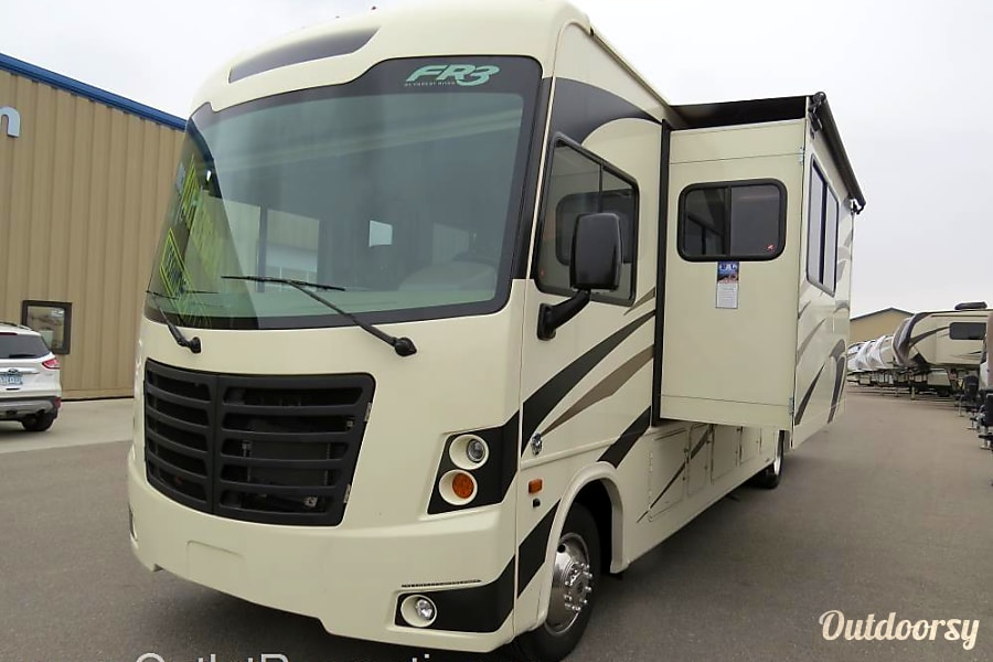 Car Rental Fargo Nd: 2018 Forest River Fr3 Motor Home Class A Rental In West