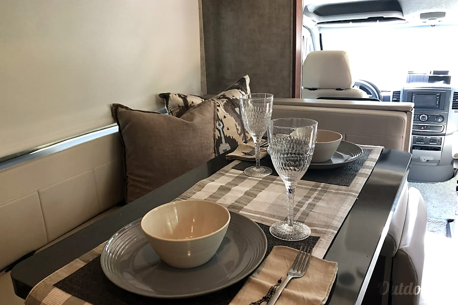 interior 2016 Winnebago View - Travel in Style - We know how to treat you right! Wilton Manors, FL