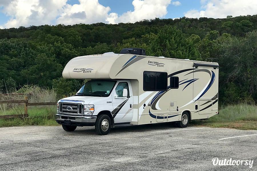 2018 Thor Motor Coach Freedom Elite Sugar Land, TX