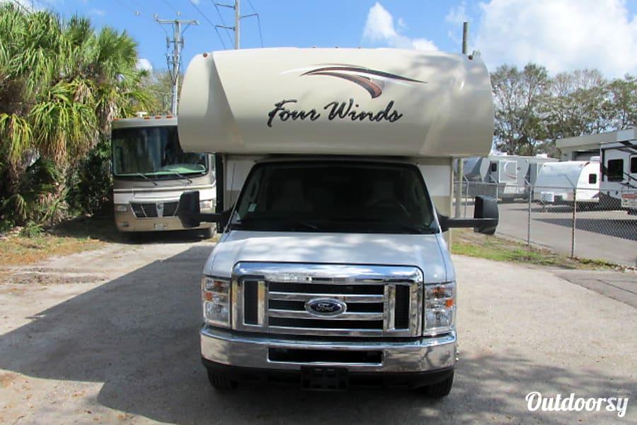 2018 Thor Motor Coach Four Winds 31Y Sarasota, FL