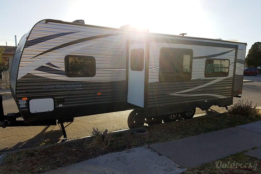 exterior 2018 Keystone Springdale El Paso, TX