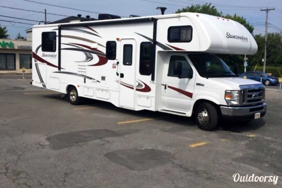 2016 Forest River Sunseeker Laval, QC