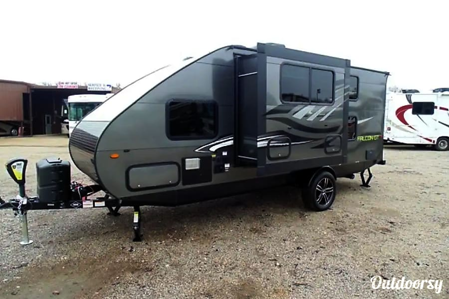 exterior Stealth Falcon Camper - Family Friendly & Ultra Lite Greenwood Village, CO