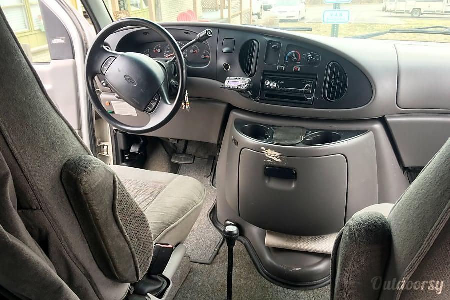 interior 1999 Sportsmobile 19' 4wd Ford 350 diesel Lexington, KY