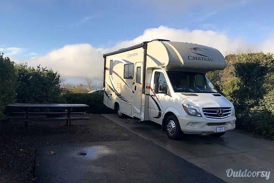 exterior NEW 2018 Mercedes Diesel Sprinter Chateau!! La Crescenta, CA