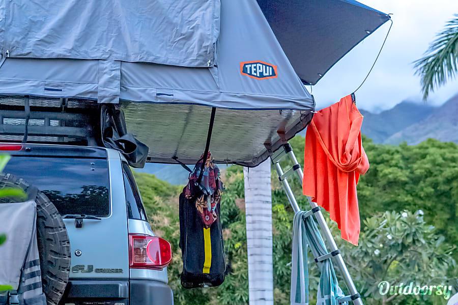 2007 Tepui Rooftop Tent Toyota FJ-Cruiser Makawao, HI