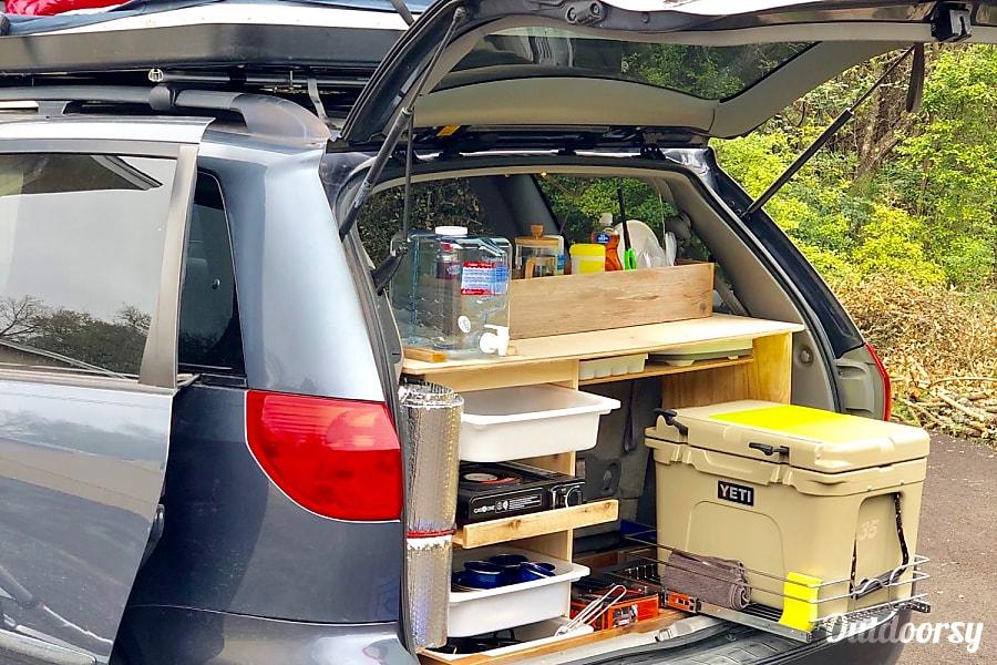 """JERRY"" Minivan Camper Austin, TX"