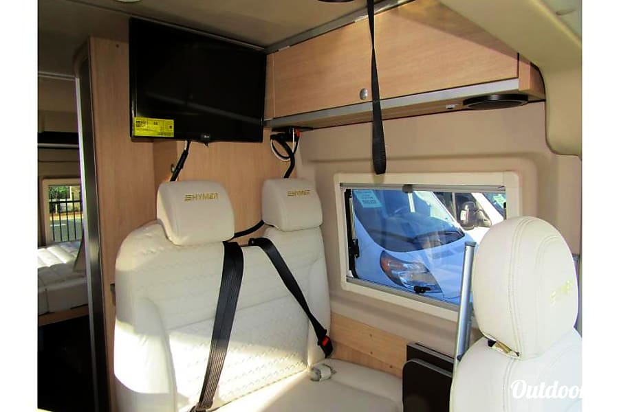 2019 Hymer Activ with Loft! A true Class B for 4! Charlottesville, VA