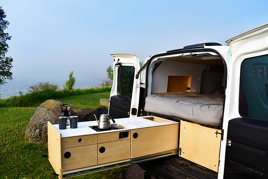 Voyager Minny V1 Campervan - NSH Nashville, TN