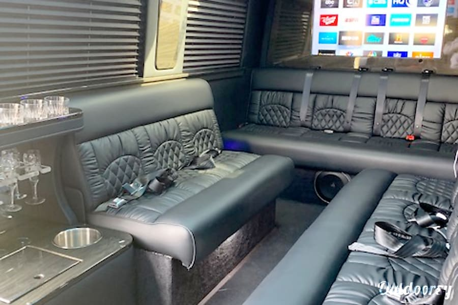 interior 2019 Midwest Automotive Designs Ultimate Limo Hebron, OH