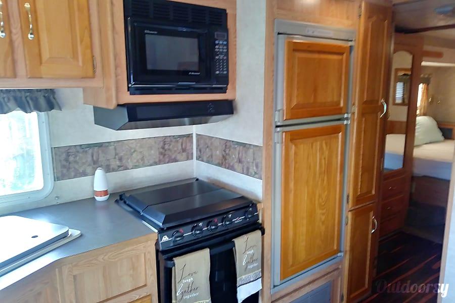 interior 2001 Damon Challenger Winter Haven, FL