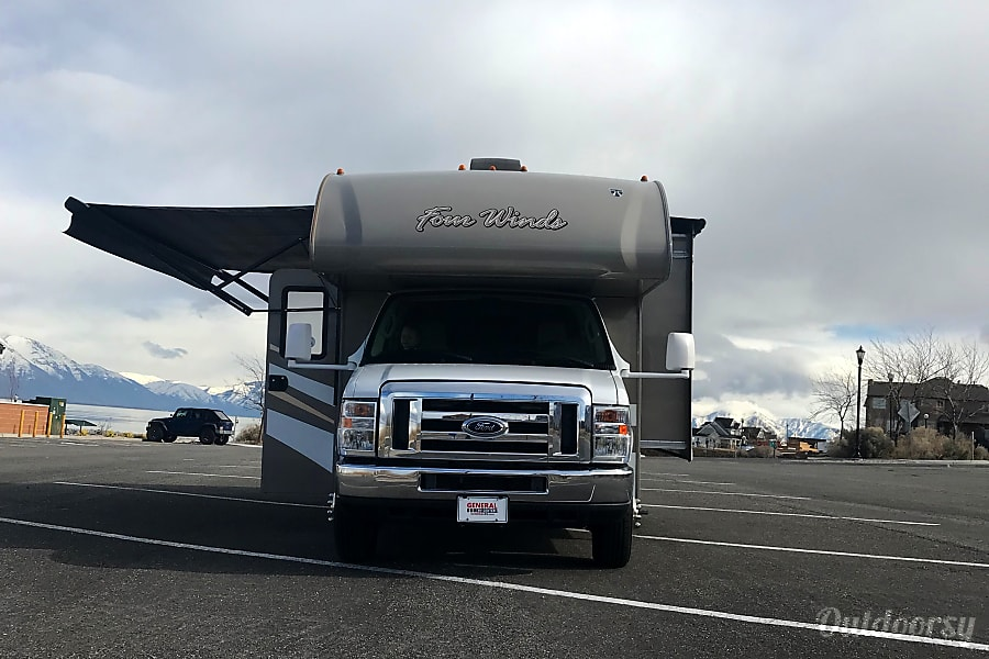 2016 Thor Motor Coach Four Winds Saratoga Springs, UT