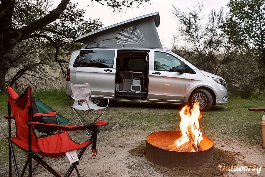 2017 Mercedes-Benz Metris Motor Home Camper Van Rental in ...