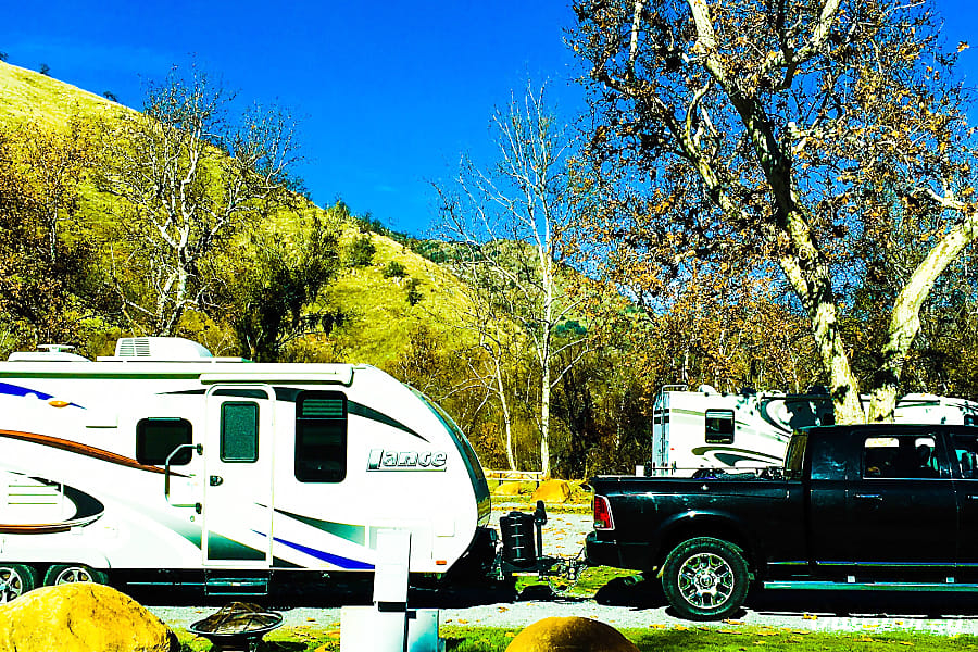 Luxury 4 Seasons Easy to Tow Lance Trailer 21 Feet! Riverside, CA