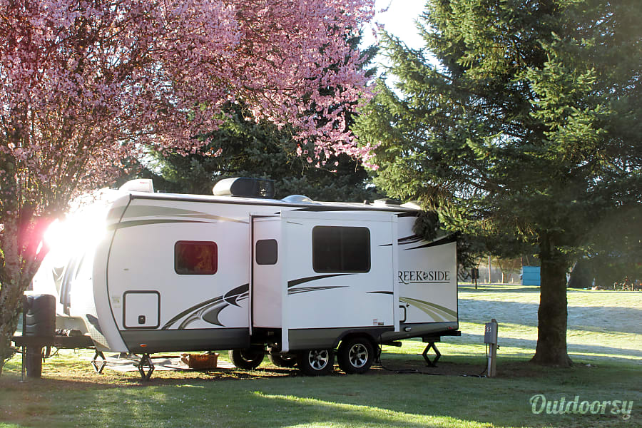 exterior 2016 Outdoors Rv, Creek Side,  23ft bunkhouse Puyallup, WA