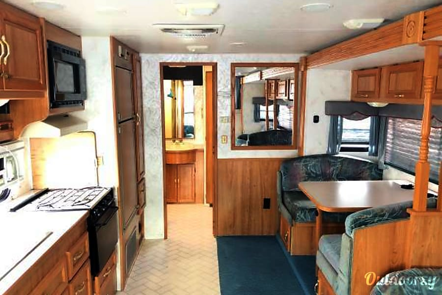 VERY Clean Coachmen 26' Sacramento, CA