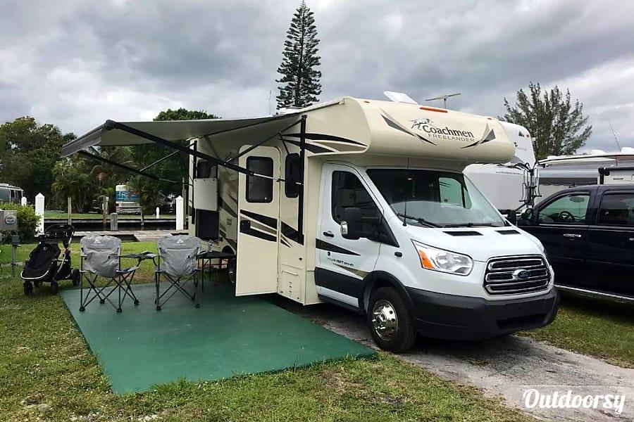 exterior Brand new 2019 Coachmen Freelander 20CB Coral Springs, FL