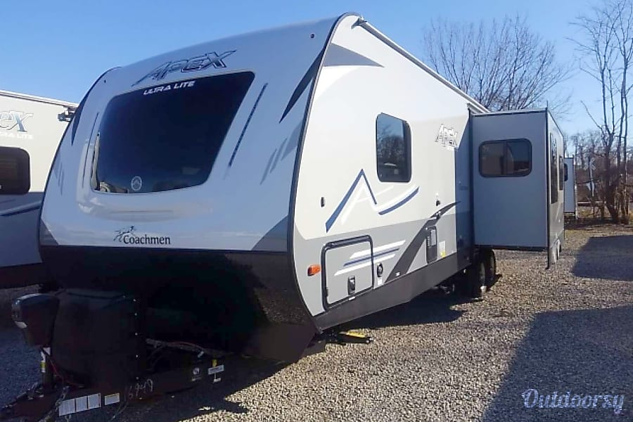 RV 33: Coachmen Apex Ultra-Lite 293RLDS Herndon, VA