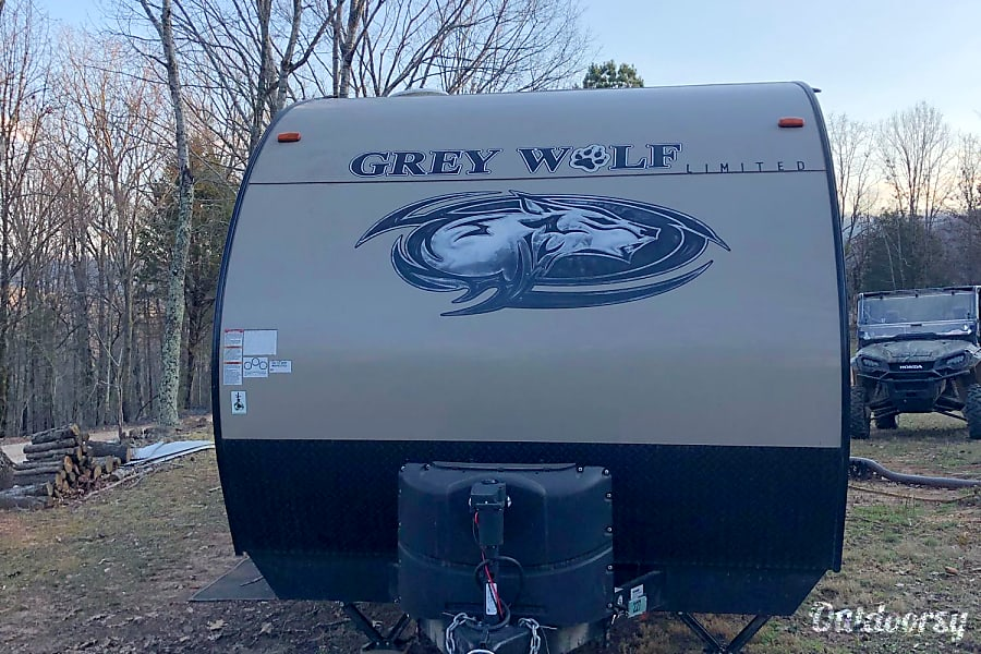 exterior 2017 Forest River Cherokee Grey Wolf Elkins, AR