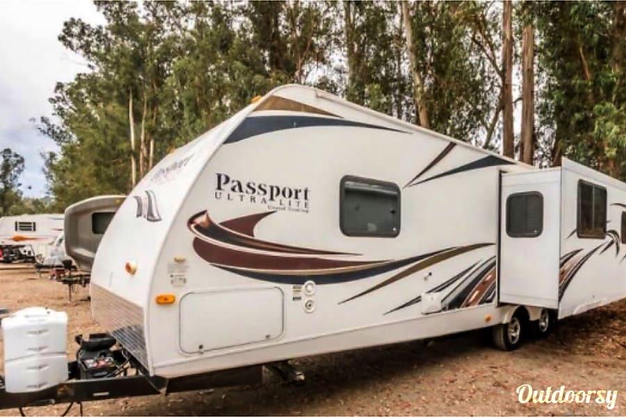 exterior No need to pay extra for this fully stocked travel trailer!! Mesa, AZ
