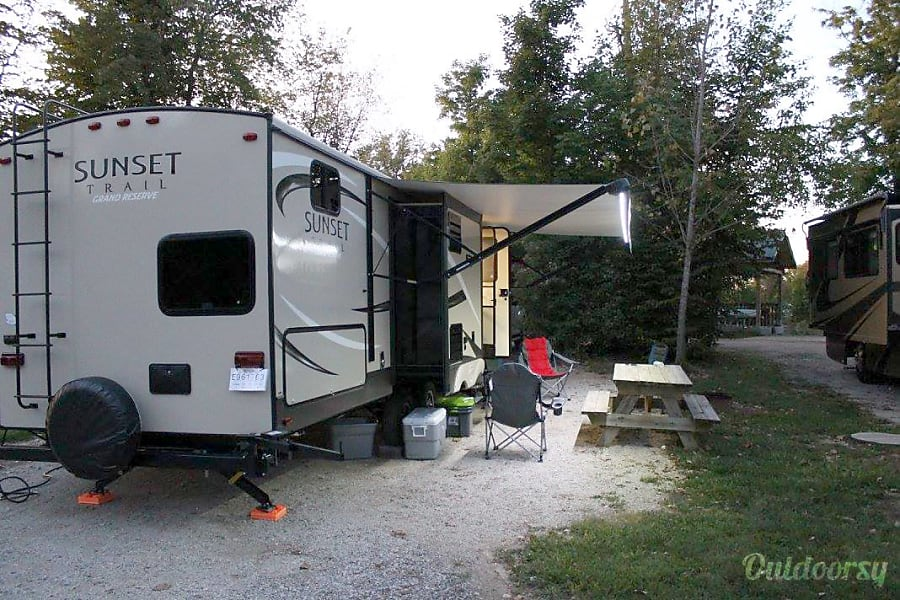 exterior 2016 Crossroads Sunset Trail Reserve Wentzville, MO