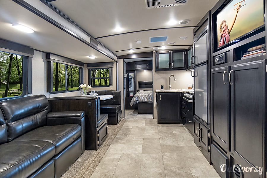 Tri City Auto >> 2020 Grand Design Imagine 2800BH Trailer Rental in Crestwood, KY | Outdoorsy