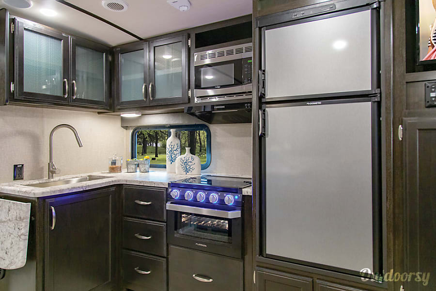 2020 Grand Design Imagine 2800BH Crestwood, KY