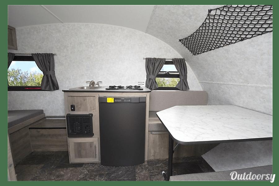 interior 2019 Prolight Rv Mini 13 Golden Lake, ON