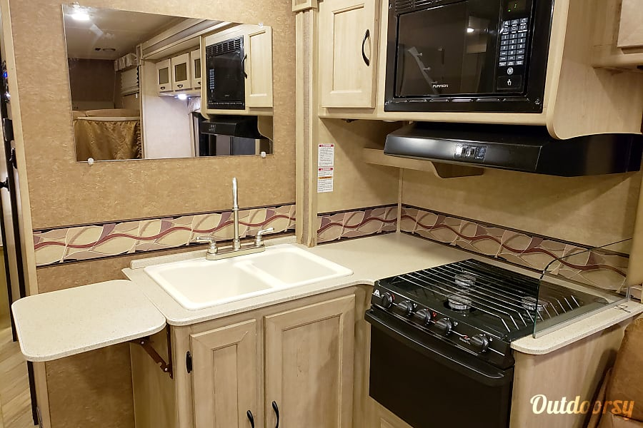 interior 2016 Coachmen Freelander Sparta, WI