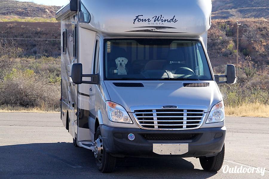 2011 Thor Motor Coach Four Winds Siesta Tucson, AZ