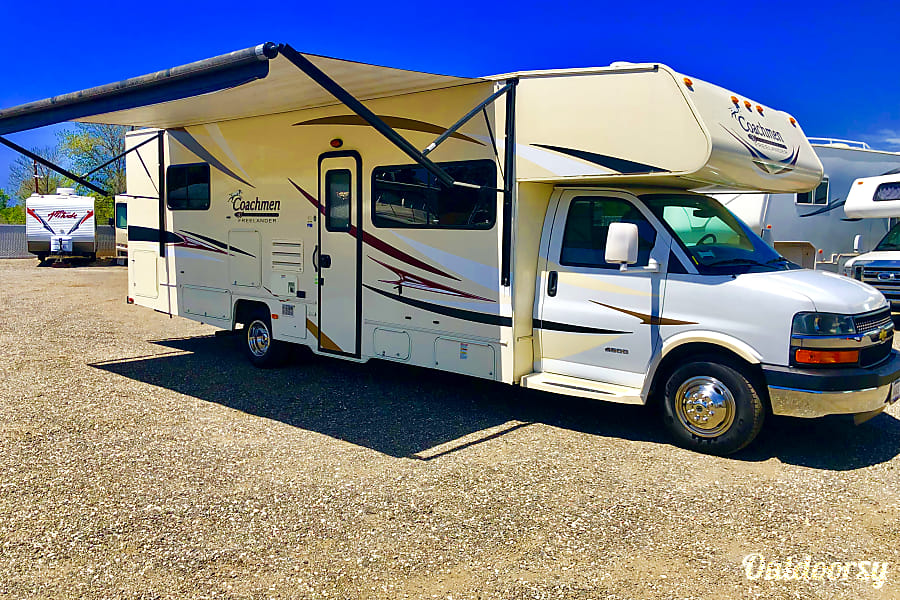 exterior 27' *NEW*Luxury Rv - SlideOut Sleeps 8 - Solar,Inverter,Private Queen Oceanside, CA
