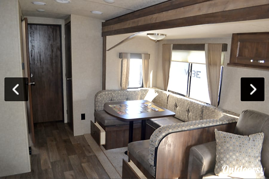 interior 2018 Forest River Vibe Sedgwick, KS
