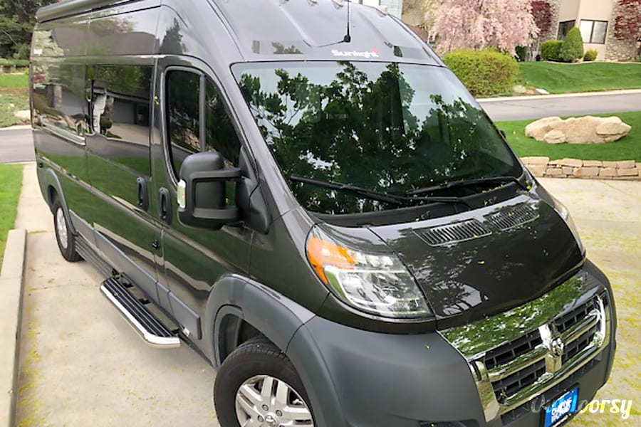 exterior 2019 Hymer Sunlight RV (Minutes from LAX) Torrance, CA