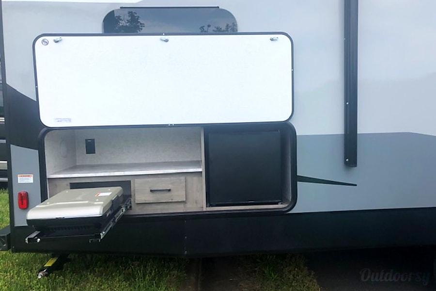 RV 34:  Apex Ultra Lite 289TBSS Herndon, VA