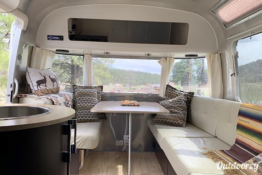 interior 2013 Airstream International Jemez Springs, NM
