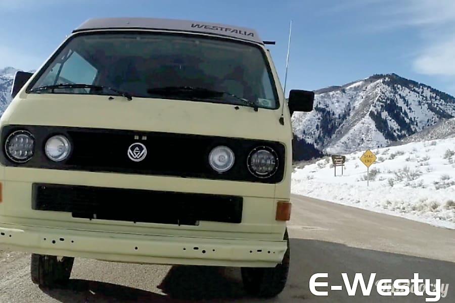 1984 Volkswagen Westfalia Motor Home Camper Van Rental In