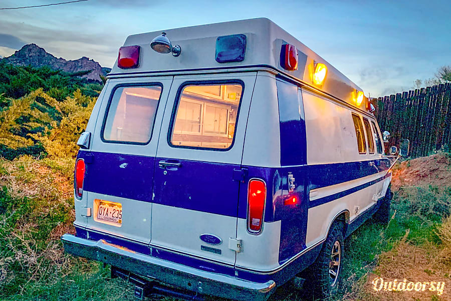 1983 Ford E350 Camper Ambulance