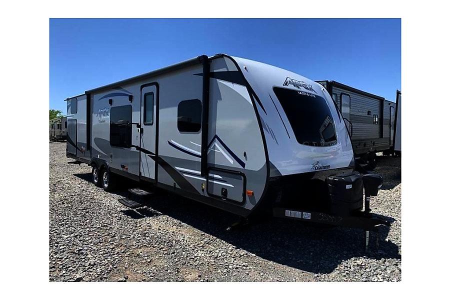 RV 36: 2020 Apex Ultra Lite 300 BHS Herndon, VA